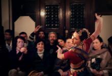 Изпълнение на индийски класически танц в стил Кучипуди в Мароко